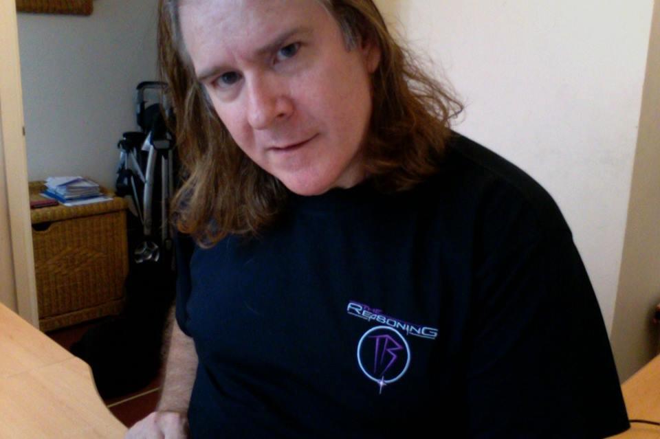 TR-Shirt